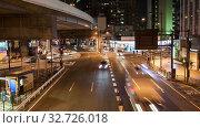 Купить «Таймлапс, автомобильное движение на дорогах в городе Токио в ночное время, Япония», видеоролик № 32726018, снято 7 ноября 2019 г. (c) Кекяляйнен Андрей / Фотобанк Лори