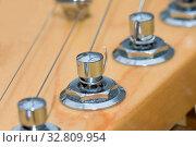 Electric Guitar Stringed Instrument closeup macro shot. Стоковое фото, фотограф Zoonar.com/christopher smith / easy Fotostock / Фотобанк Лори