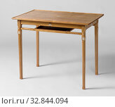 Table with inlaid heart-shaped motifs, Table of ash wood, inlaid with heart-shaped motifs in ivory. The nails that attach the pin and hole connections... Редакционное фото, фотограф ARTOKOLORO QUINT LOX LIMITED / age Fotostock / Фотобанк Лори
