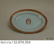 Купить «Unknown (Chinese), Platter, late 18th Century, hard-paste porcelain with polychrome enamel and gilding, 1 3/8 x 16 3/4 x 13 5/8 in. (3.5 x 42.5 x 34.6 cm)», фото № 32874354, снято 30 марта 2020 г. (c) age Fotostock / Фотобанк Лори