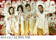 Купить «Friends with outstretched hands like zombies», фото № 32893106, снято 8 октября 2018 г. (c) Яков Филимонов / Фотобанк Лори