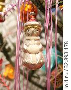 Новогодние советские игрушки. Стоковое фото, фотограф Татьяна Цибушок / Фотобанк Лори