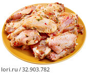 Купить «Fresh raw chicken meat marinated before frying shish kebab», фото № 32903782, снято 6 июня 2020 г. (c) Яков Филимонов / Фотобанк Лори