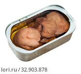 Купить «Canned liver of smoked cod with oil», фото № 32903878, снято 23 февраля 2020 г. (c) Яков Филимонов / Фотобанк Лори