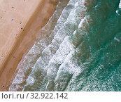 Top view of azure sea waves. Стоковое фото, фотограф Яков Филимонов / Фотобанк Лори