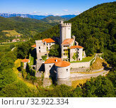 Castle Branik (Rihemberk). Nova Gorica. Slovenia (2019 год). Стоковое фото, фотограф Яков Филимонов / Фотобанк Лори