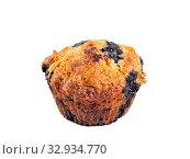 Купить «Homemade blueberry muffin isolated on white», фото № 32934770, снято 5 августа 2019 г. (c) Ольга Сергеева / Фотобанк Лори