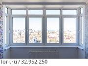 plastic windows in the renovated room. Стоковое фото, фотограф Иванов Алексей / Фотобанк Лори