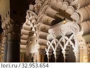 Halls in Islamic palace of Aljaferia, Spain. Стоковое фото, фотограф Яков Филимонов / Фотобанк Лори
