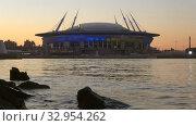 """Купить «Стадион """"Санкт-Петербург Арена"""" (Зенит-Арена) в майские сумерки. Санкт-Петербург», видеоролик № 32954262, снято 28 мая 2018 г. (c) Виктор Карасев / Фотобанк Лори"""