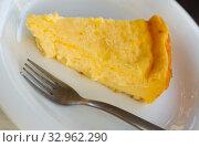 Купить «Slice of homemade cheesecake», фото № 32962290, снято 16 октября 2018 г. (c) Яков Филимонов / Фотобанк Лори