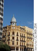 Купить «Neoclassical building at Plaza del Ayuntamiento. City of Valencia, Comunidad Valenciana, Spain, Europe.», фото № 32969254, снято 19 июня 2019 г. (c) age Fotostock / Фотобанк Лори