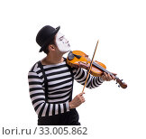 Купить «Mime playing violin isolated on white», фото № 33005862, снято 24 августа 2017 г. (c) Elnur / Фотобанк Лори