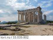 Купить «Храм Афайи, остров Эгина, Греция», фото № 33039802, снято 21 января 2020 г. (c) Ирина Яровая / Фотобанк Лори