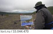 Купить «Creative painter draws brush oil paints on canvas autumn mountains landscape», видеоролик № 33044470, снято 30 августа 2019 г. (c) А. А. Пирагис / Фотобанк Лори