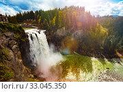 Купить «Snoqualmie Falls waterfall view Washington, USA», фото № 33045350, снято 2 апреля 2015 г. (c) Сергей Новиков / Фотобанк Лори