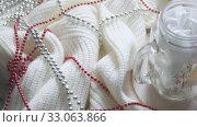 Christmas composition with beads. Стоковое видео, видеограф Потийко Сергей / Фотобанк Лори