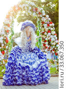 Costume stylization of a beautiful woman under a medieval or fairy princess, queen or aristocrat. Стоковое фото, фотограф katalinks / Фотобанк Лори