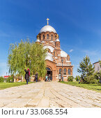 Купить «Cathedral in Sviyazhsk, Tatarstan», фото № 33068554, снято 25 мая 2019 г. (c) Дмитрий Тищенко / Фотобанк Лори