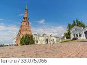 Купить «Syuyumbike tower in the Kazan Kremli», фото № 33075066, снято 23 мая 2019 г. (c) Дмитрий Тищенко / Фотобанк Лори