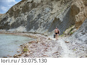 Meganom mountain range and beach, as well as the peninsula and cape in southeastern Crimea (2016 год). Редакционное фото, фотограф katalinks / Фотобанк Лори