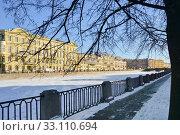 Купить «Фонтанка в Петербурге», эксклюзивное фото № 33110694, снято 7 февраля 2020 г. (c) Александр Алексеев / Фотобанк Лори