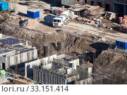 Concrete casting of foundation on construction site of a residential building. Стоковое фото, фотограф Кекяляйнен Андрей / Фотобанк Лори