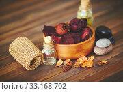 Objects for aromatherapy. Стоковое фото, фотограф Dmitriy Shironosov / PantherMedia / Фотобанк Лори