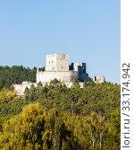 Купить «ruins of Rabi Castle, Czech Republic», фото № 33174942, снято 4 апреля 2020 г. (c) PantherMedia / Фотобанк Лори