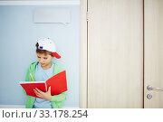 Writing down idea. Стоковое фото, фотограф Dmitriy Shironosov / PantherMedia / Фотобанк Лори