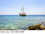 Купить «Greek sailboat», фото № 33187590, снято 28 мая 2020 г. (c) PantherMedia / Фотобанк Лори