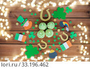 Купить «green cupcakes and st patricks day decorations», фото № 33196462, снято 31 января 2018 г. (c) Syda Productions / Фотобанк Лори