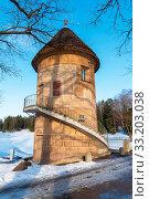 Купить «Пиль-башня. Павловск», эксклюзивное фото № 33203038, снято 8 марта 2019 г. (c) Александр Щепин / Фотобанк Лори
