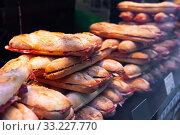 Купить «Different spanich sandwich — bocadillo at shop window», фото № 33227770, снято 7 апреля 2020 г. (c) Яков Филимонов / Фотобанк Лори