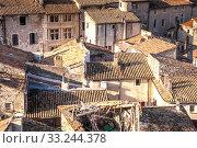 Купить «über die Dächer von Viviers ardeche Frankreich», фото № 33244378, снято 1 июня 2020 г. (c) PantherMedia / Фотобанк Лори