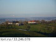 Купить «meadows,fields,aschach an der steyr,voralpenland,upper austria,steyrtal,ennstal,hills,farm,vierkanthof», фото № 33246078, снято 26 мая 2020 г. (c) PantherMedia / Фотобанк Лори