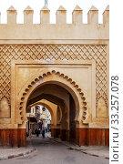 Городские ворота. Фес. Марокко (2013 год). Редакционное фото, фотограф Сергей Афанасьев / Фотобанк Лори