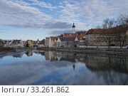 Reflection of Landsberg am Lech. Стоковое фото, фотограф Fabio Lotti / PantherMedia / Фотобанк Лори