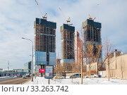 Строящийся жилой комплекс Capital Towers на Краснопресненской набережной. Редакционное фото, фотограф Алёшина Оксана / Фотобанк Лори