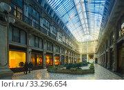 Turin city central historical building Subalpina arcade , Italy (2017 год). Стоковое фото, фотограф Яков Филимонов / Фотобанк Лори
