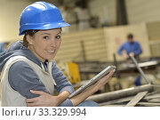 Купить «Wioman in manufacture using digital tablet», фото № 33329994, снято 1 апреля 2020 г. (c) PantherMedia / Фотобанк Лори