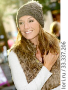 Купить «Portrait of trendy girl with winter clothes on», фото № 33337206, снято 2 апреля 2020 г. (c) PantherMedia / Фотобанк Лори