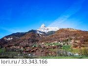 Mont-Blanc mountain peak and Passy village, France (2019 год). Стоковое фото, фотограф Сергей Новиков / Фотобанк Лори
