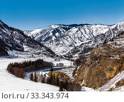 Top view of the frozen river Katun in winter, Altai Republic, Russia (2020 год). Стоковое фото, фотограф Наталья Волкова / Фотобанк Лори