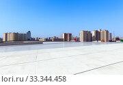 Купить «Одна из центральных площадей города Баку перед культурным центром имени Гейдара Алиева. Азербайджан», фото № 33344458, снято 24 сентября 2019 г. (c) Евгений Ткачёв / Фотобанк Лори