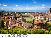 Купить «Top view of Florence with the Arno river and bridges over it. Italy», фото № 33365070, снято 9 мая 2014 г. (c) Наталья Волкова / Фотобанк Лори