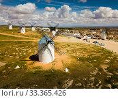 Купить «Landscape of Campo de Criptana with windmills», фото № 33365426, снято 23 апреля 2019 г. (c) Яков Филимонов / Фотобанк Лори
