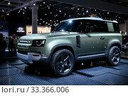 Купить «Land Rover Defender», фото № 33366006, снято 17 сентября 2019 г. (c) Art Konovalov / Фотобанк Лори