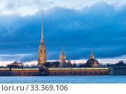 Купить «Петропавловская крепость с ночной подсветкой. Санкт-Петербург», фото № 33369106, снято 6 марта 2020 г. (c) Румянцева Наталия / Фотобанк Лори