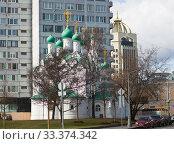 Купить «Вид на церковь Симеона Столпника на Поварской. Солнечный день ранней весной. Москва. Россия», фото № 33374342, снято 14 марта 2020 г. (c) E. O. / Фотобанк Лори